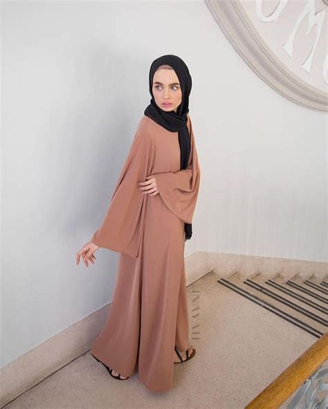 Jenahara Maxi inayah iced coffee high neck kimono abaya black maxi
