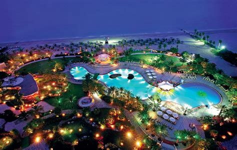 special dubais tourism sector bounces  emirates