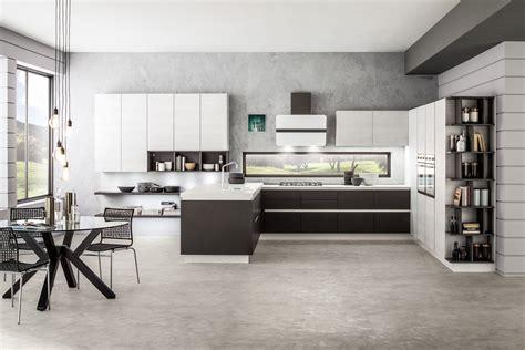 cucine nere cucine bicolore l alternanza cromatica fa tendenza cose
