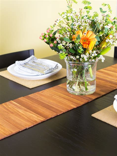 how to use a table runner hearts paint stir stick table runner