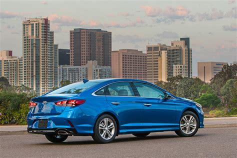 Hyundai Sanata by 2018 Hyundai Sonata Review Autoguide News