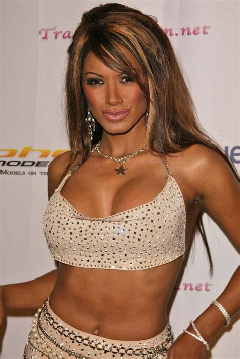 baywatch actress name and photo traci bingham american actress biography and photo gallery
