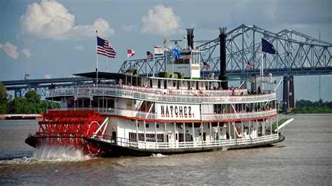 boat r near hotels near canal street four points french quarter