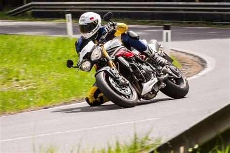 Motorr Der Triumph Bilder by Motorrad Quartett Triumph Speed Triple Motorrad Fotos