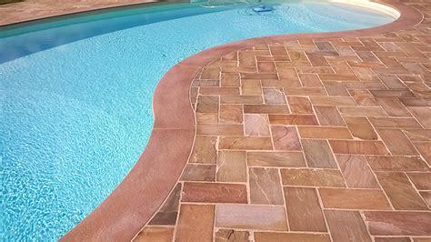 pavimento bordo piscina pavimenti in pietra per piscine pavimentazioni e bordi
