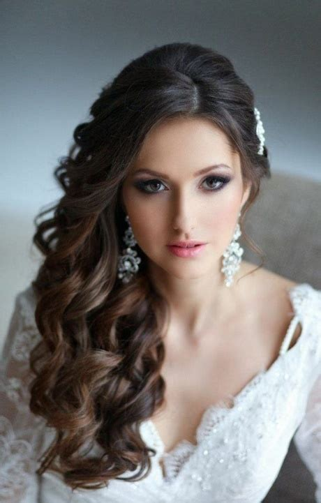 Hochzeitsfrisuren Locken Seitlich hochzeitsfrisuren locken seitlich