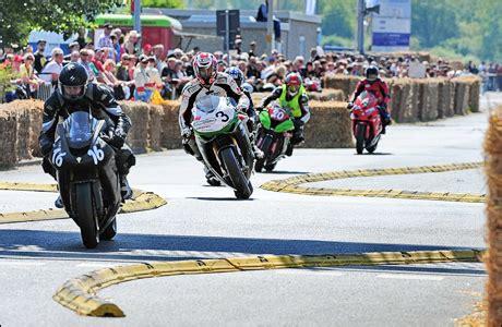 Motorradrennen Pfingsten fischereihafenrennen zu pfingsten tourenfahrer