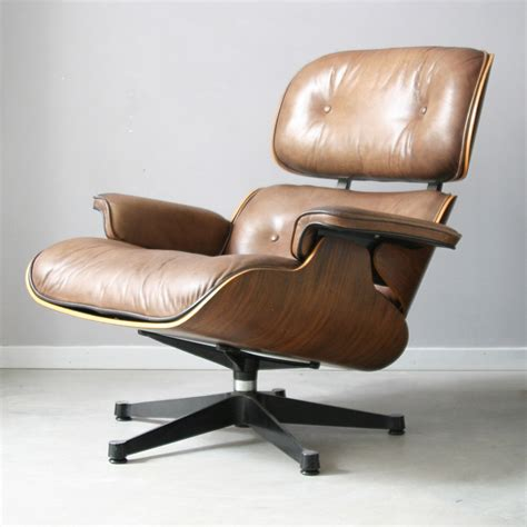 Eames 670 Lounge Chair by Of Vintage Vintage Charles And Eames Lounge Chair