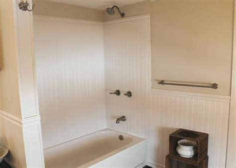 plastic wainscoting bathroom 21 best images about plastpro planking wainscoting on