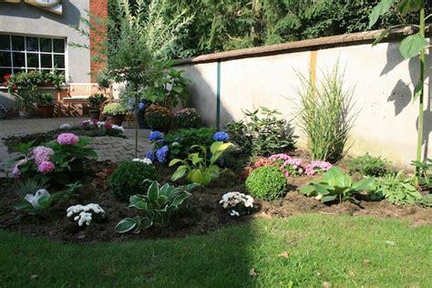 gartengestaltung ideen vorgarten gartengestaltung beispiele vorgarten gartens max