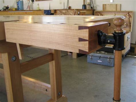 canadian woodworking forum finally finished my workbench canadian woodworking and