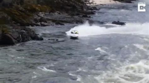 boat crash remix shocking moment speed boat crashes on rocks facepalm