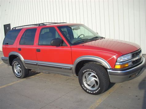 how to work on cars 1999 chevrolet blazer electronic valve timing 1999 chevrolet blazer lt leather red 4x4 runs great suv lincoln ne specialty auto