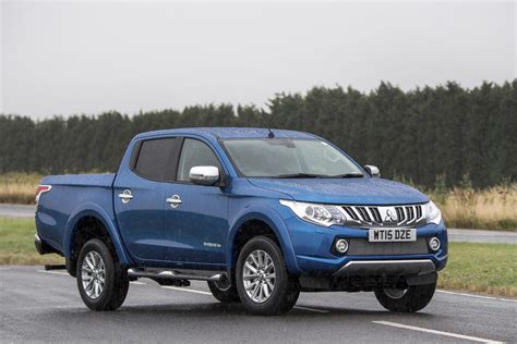 mitsubishi l200 barbarian 2015 review