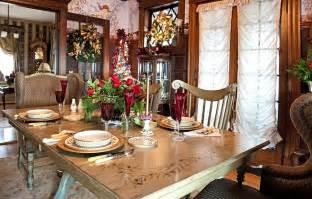 Dining Room Table Christmas Decoration Ideas 21 Christmas Dining Room Decorating Ideas With Festive Flair