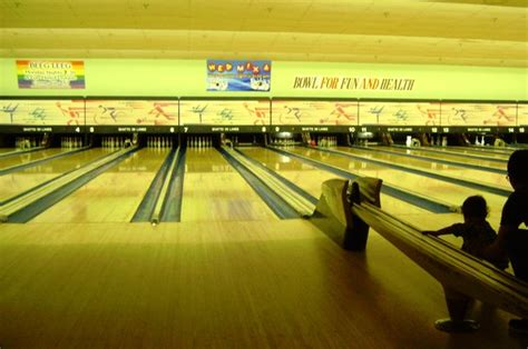 best bowling alleys for a night out in los angeles 171 cbs los angeles