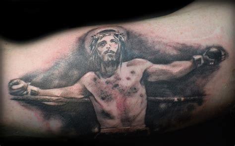tatuajes de cristo im 225 genes cristianas tatuajes para hombres