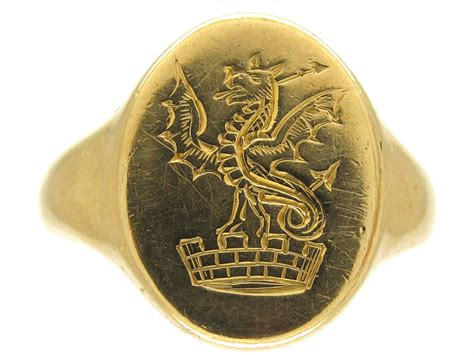 18ct gold welsh dragon signet ring the antique jewellery