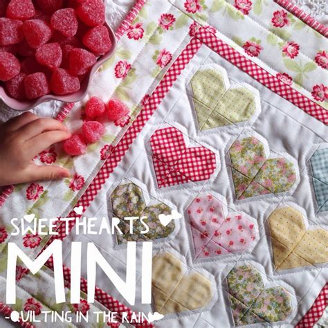video tutorial quilting sweethearts mini quilt tutorial quilting in the rain