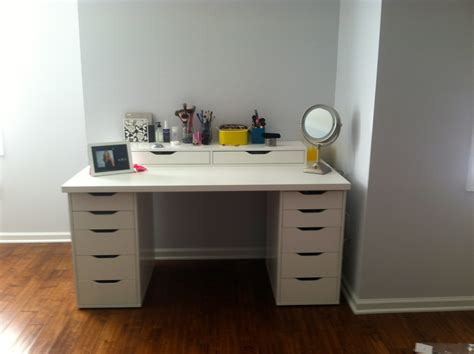 White Makeup Vanity With Drawers by Bedroom Luxurious White Makeup Vanity With Drawers For