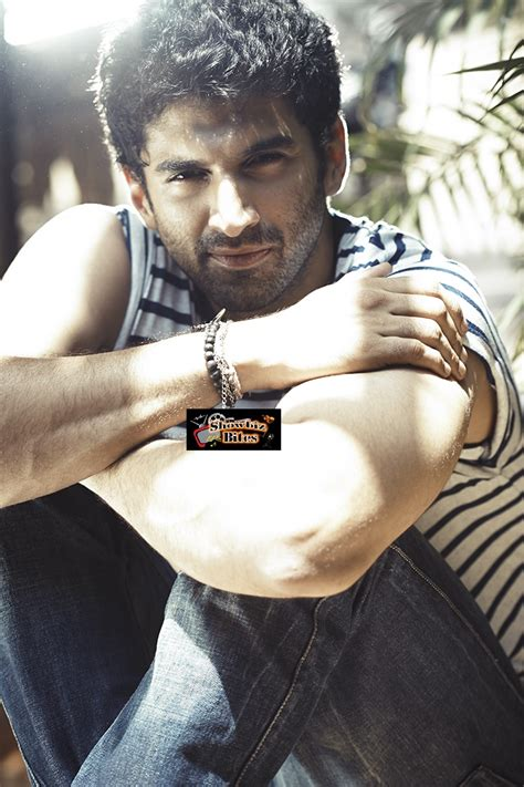1000 love letters for aditya roy kapur showbiz bites