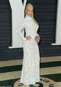 Aguilera Vanity Fair Oscar Aguilera Heads To The Vanity Fair Oscars