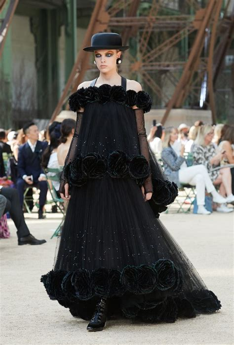 Haute Couture Chanel Autumnwinter 2008 Collection by Chanel Fall Winter 2017 18 Haute Couture Collection