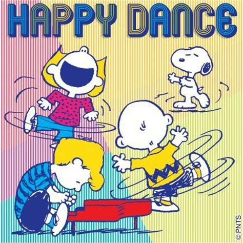 celebrating snoopy snoopy happy ღ snoopy peanuts ღ