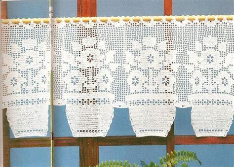 filet crochet curtains 1000 ideas about crochet curtain pattern on pinterest