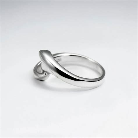sterling silver contemporary design ring from
