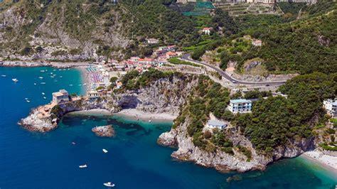 Amalfi Coast Vacation Home: apartment rental by the sea