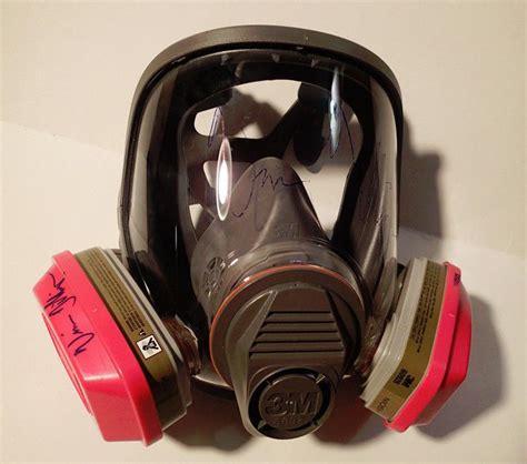 bad gas breaking bad gas mask signed vince gilligan 2014 respirator proof bryan cranston