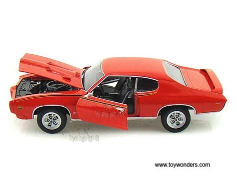 Welly Pontiac 65 Gto Diecast 1 24 welly model 1969 pont箘ac gto kirmizi renk
