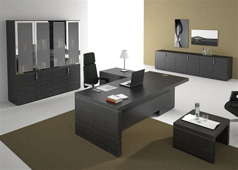 arredo scrivania ufficio arredamento per uffici direzionali in stile moderno