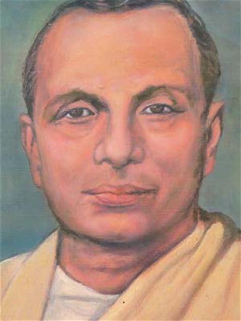 biography in hindi of jaishankar prasad ztab1
