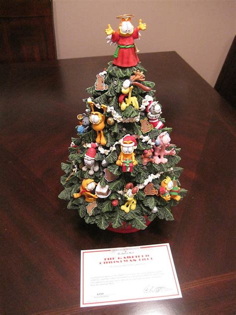 danbury mint garfield lit christmas tree garfield