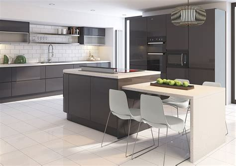 grey gloss kitchen cabinets grey gloss kitchen pinterest te hakkında 25 den fazla en