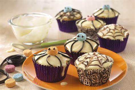 Hello Muffin Orange pumpkin and orange spider muffins recipe photo 1