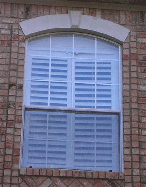 builders grade single hung aluminum windows builders grade or thermal