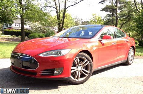Tesla Test Drive Elektro Autobauer Streit Tesla Ceo Elon Musk Lacht 252 Ber