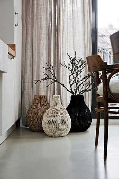 10 winter home decorating ideas 15 ways to add knitted decor to your winter home decorating