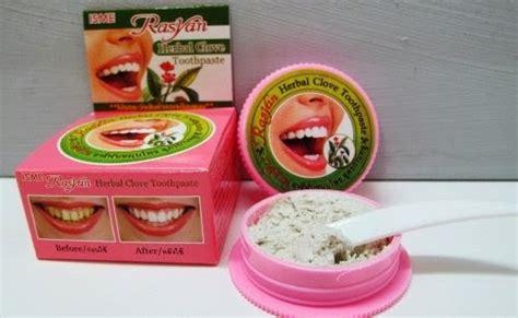 Pasaran Rasyan Pemutih Gigi menjual produk kecantikan dan kesihatan isme rasyan