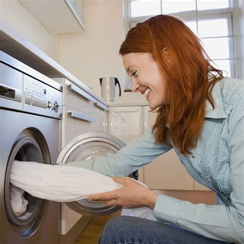 washing colored clothes washing machine tips how to wash colored clothes washing