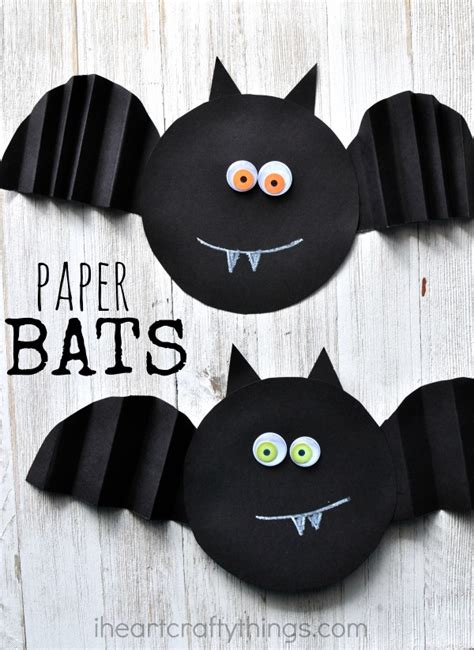 Bat Paper Plate Craft - simple accordion fold paper bat craft i crafty things