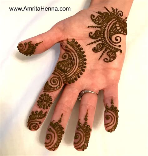 top 10 must try henna designs for your sister s wedding top 10 stunning henna designs for a bachelorette party