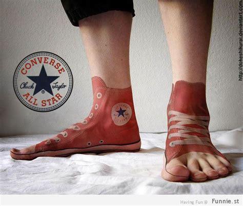 Sepatu Converse Bergambar tak nyata tato tato 3d ini bakal bikin kamu takjub
