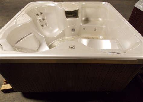 jacuzzi bathtubs canada sx 3 person hot tub hotspring spas used hot tubs canada
