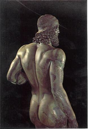 sedere maschile i bronzi di riace
