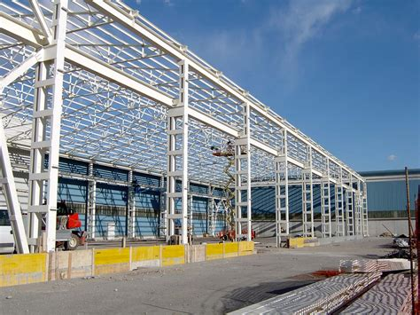 struttura capannone in ferro capannoni in ferro struttura semplice e leggera o t