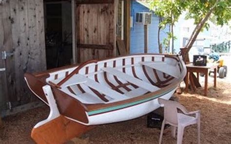 boat building in the bahamas boat building at man o war cay overview bahamas hotels